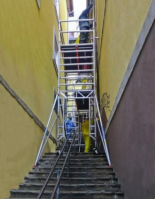 Trabalhos em escadas